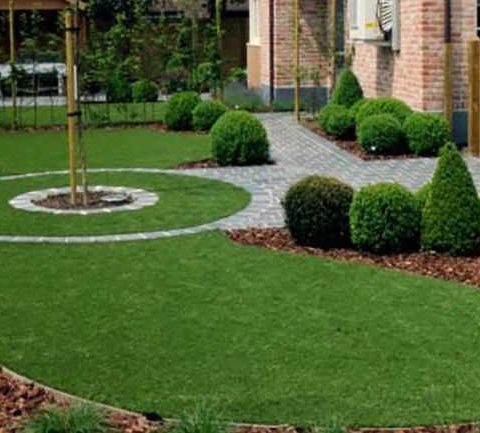 Artificial Grass Circles with paving