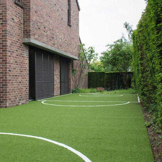 Artificial turf for sports pitch