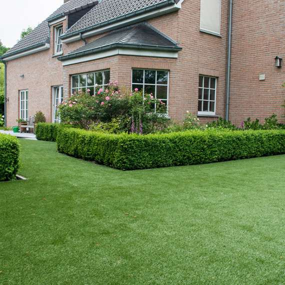 Downton Artificial Grass garden