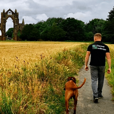 Meet the Installers - Discover Landscape & His Dog