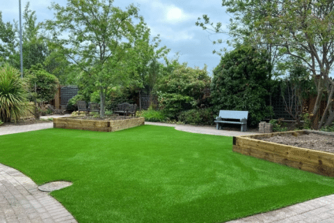 artificial grass install at hospice