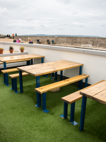 fake grass outdoor dining